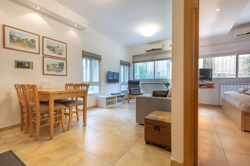 THE MAPLE, holiday rental in Beit Sahour