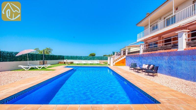 Caules Villa Sleeps 8 with WiFi - 5690075, location de vacances à Mont Barbat