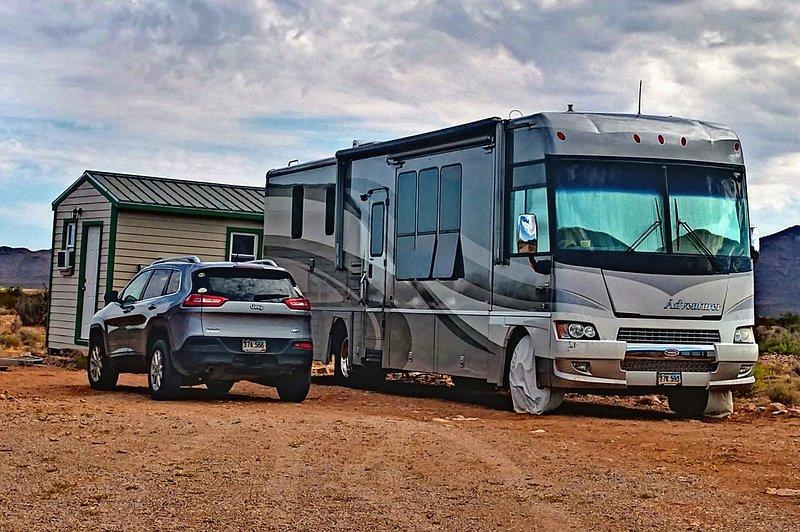 Valley Vista Getaway RV Site, vacation rental in Animas