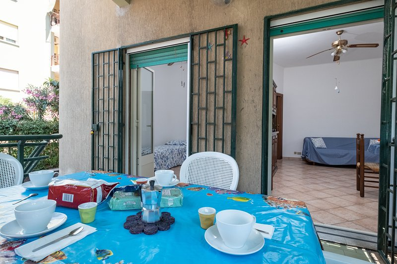 Roman Beach Family House, holiday rental in Lido di Ostia