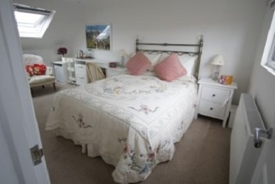 Lovely Victorian Terraced Loft Conversion, vacation rental in Steyning