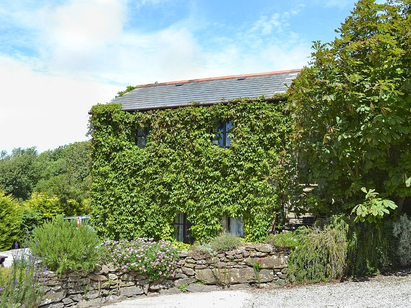 Hollies Cottage - 27593, holiday rental in Goonhavern