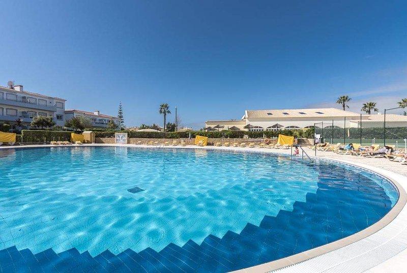Oasis Country Club Luxury Villa, casa vacanza a Odelouca