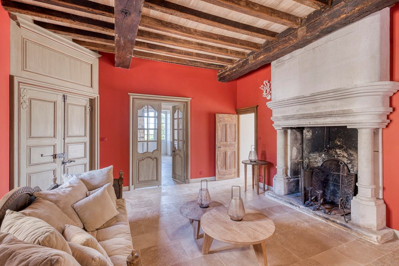 Mareuil Chateau Sleeps 14 with Pool - 5680643, vacation rental in Mareuil
