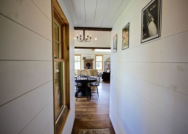 Waterside rustic elegance and comfort at it`s finest..., holiday rental in Cushing