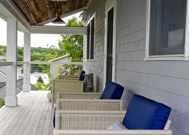 Chic Rockport Village House with views of the water, walk to everything;, location de vacances à Hope