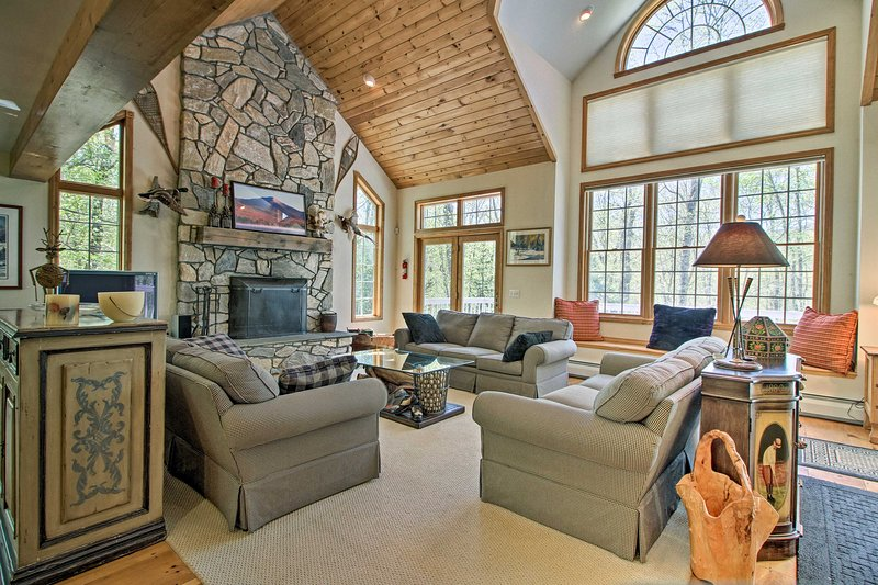 Family Home, 5 Minutes to Stratton Mountain!, holiday rental in Wardsboro