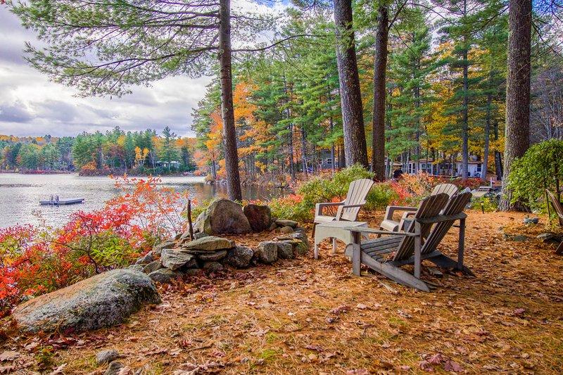 Dog-friendly lakefront home w/dock, swing & great location - perfect for kids!, location de vacances à Auburn