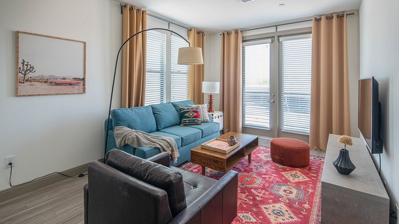 Sleek 1BR on Tempe Town Lake #3006 by WanderJaunt, holiday rental in Tempe