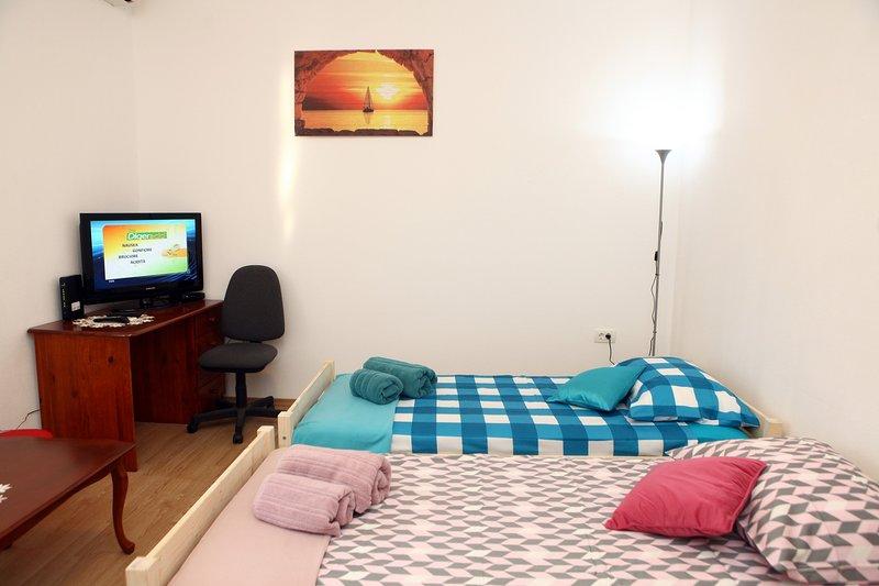 Apartma Grof, holiday rental in Marezige