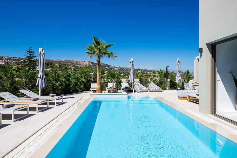 Vasilios Villa, luxury escape!, holiday rental in Mesi
