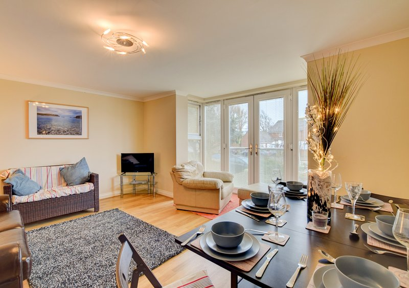 Bowleaze Beach Apartment, vacation rental in Ringstead