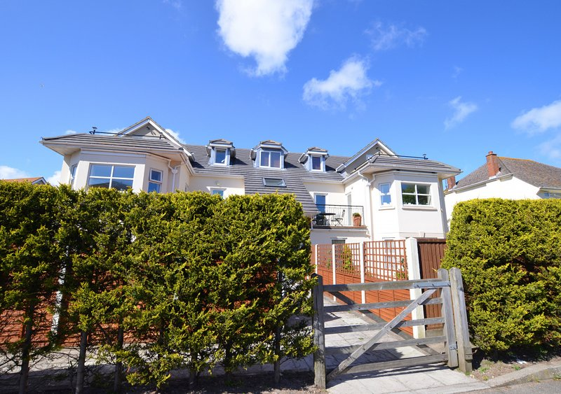 Flat 5 The Mulberrys, vacation rental in Studland