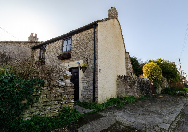 Forget-me-not Cottage, holiday rental in Worth Matravers
