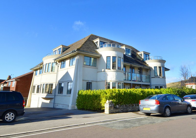 Flat 5 Broadleys, vacation rental in Studland