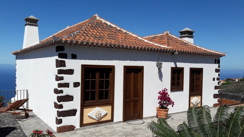 Villa La Malvasía, alquiler vacacional en Fuencaliente de la Palma