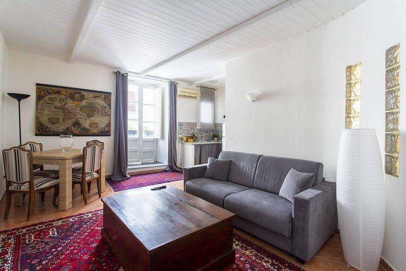 Real Umberto I Suite 2, holiday rental in San Nicola l'Arena