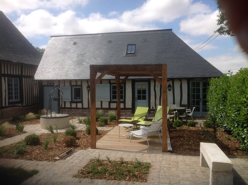 Le Clos-Masure de Béatrice, une maison normande romantique et raffinée., holiday rental in Fontaine-le-Bourg