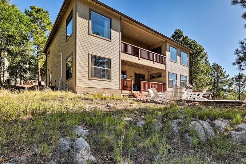 Take a trip to this vacation rental in Flagstaff!