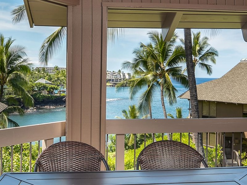 2-Level w/Lanai Off Bedrooms, Kitchen, Laundry, AC, DVD, TV, WiFi–Kanaloa at, alquiler de vacaciones en Keauhou