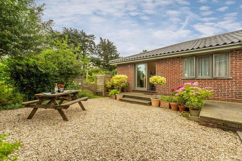 Stiffkey Hideaway, vacation rental in Warham