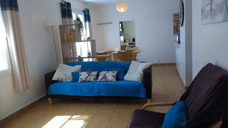 Holiday Cottage, living-room