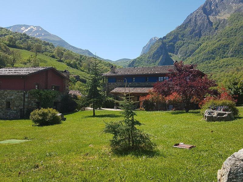Casa Rural La Matuca, Senda Del Oso, Asturias, alquiler vacacional en Bueida