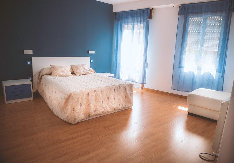 Chambre avec lit 135 * 190