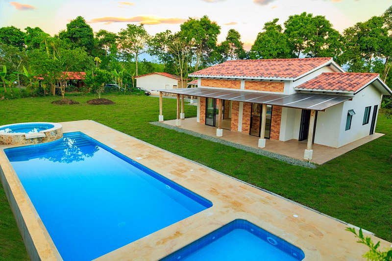 Exceptional finca with pool