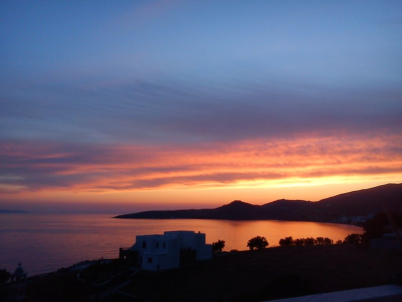 Sun and Sea Cottage Tinos, holiday rental in Tinos Town