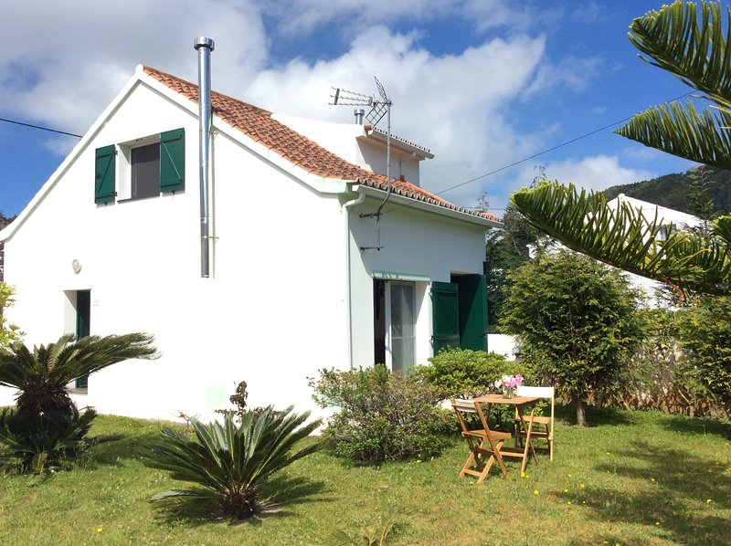 Casa dos Pais, vacation rental in Mosteiros