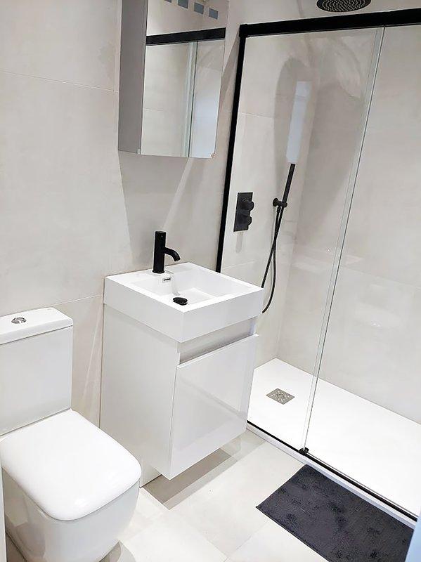 Brand new modern Bathroom