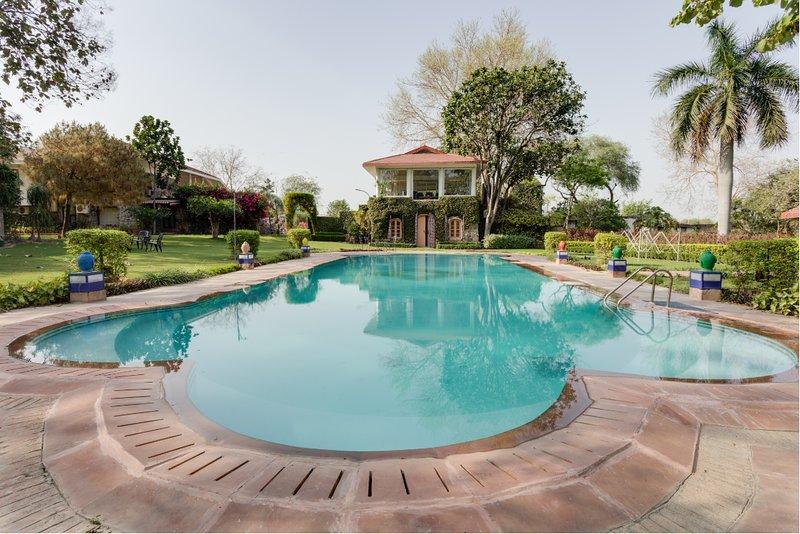 Hostie Ramsabagh - Artistic Farm Villa, Delhi, Ferienwohnung in Neu-Delhi