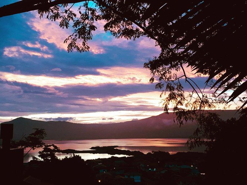 Incrível vista lagoa Encantada, location de vacances à Barra de Ibiraquera