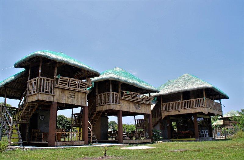 Des hébergements insolites, traditionnelles avec le confort adéquate, vacation rental in Quezon Province