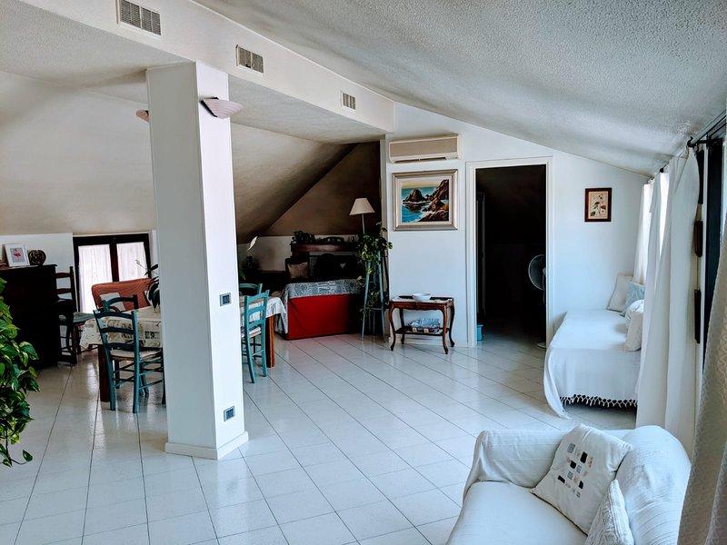 Cagliari Appartamento Con Terrazza A Livello Panoramica