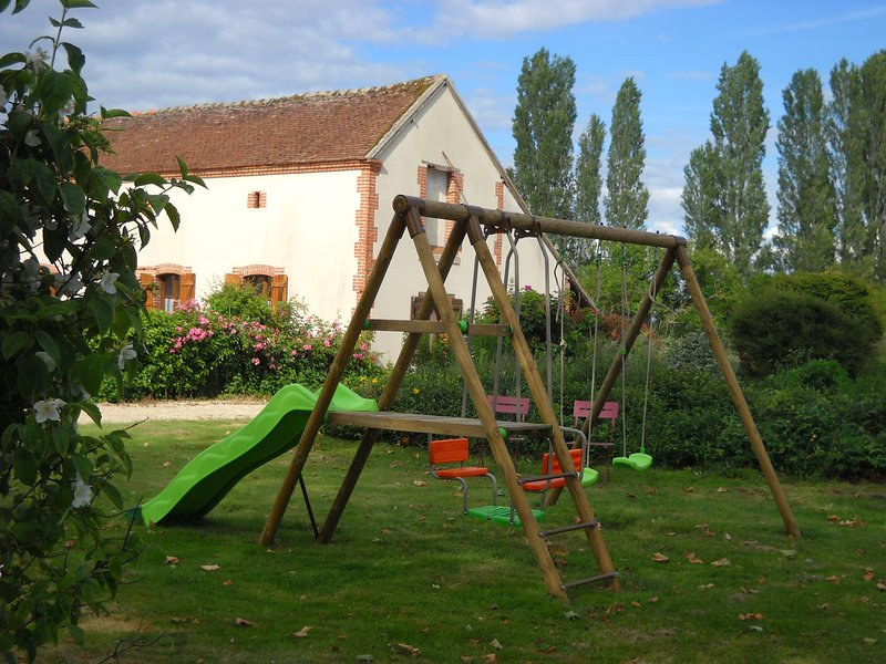 GITE LE POULAILLER, location de vacances à Neuvy-sur-Barangeon