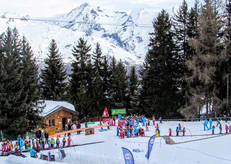 Residence Le Belmont (Ski-In Ski-Out) - Les Arc Resort 1800 - Paradiski - France, holiday rental in Les Arcs