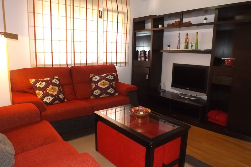 APARTAMENTO SELLA., holiday rental in Roces-Sur