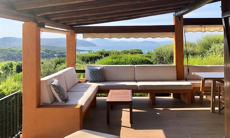 Villa with beach access Capo Coda Cavallo, casa vacanza a Capo Coda Cavallo