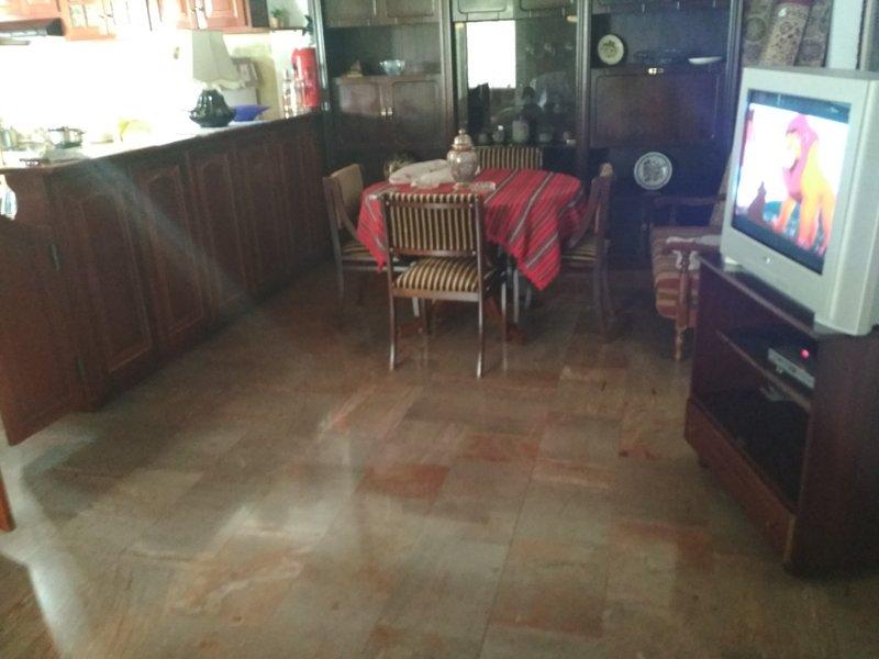TRADITIONAL HOUSE IN CORFU, location de vacances à Ano Garouna
