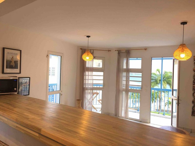 Ocean View and Exclusive Flat 'Le croisieriste', vakantiewoning in Pointe-à-Pitre
