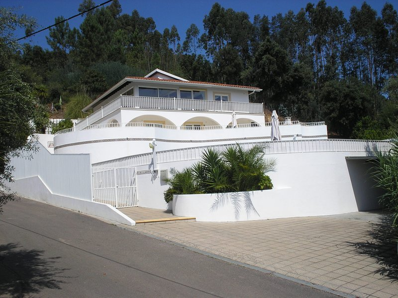 Vivenda Pirilampo, Vila Nova de Poiares, holiday rental in Coimbra District