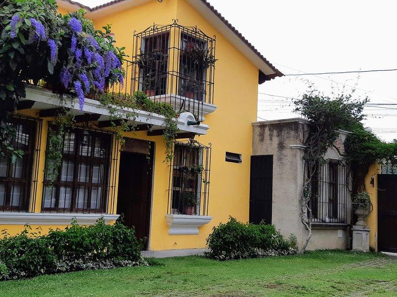 Villas Santa Ana-Ricardo (4 bedrooms/8 sleep same price)), alquiler de vacaciones en Antigua