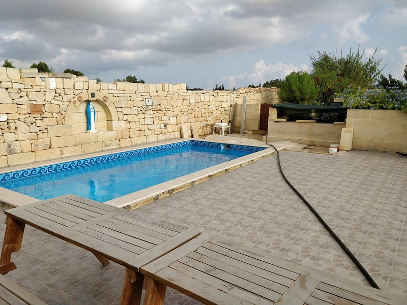 Agro-Tourism Auberge de Provence, holiday rental in Dingli