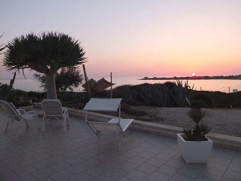 Puntabraccetto Sunset, holiday rental in Punta Secca