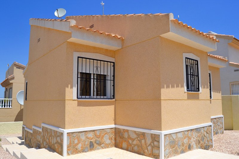 Your place in the sun, holiday rental in Algorfa