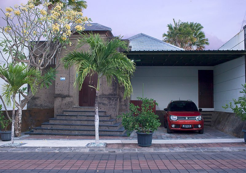 Front of villa with garage, Don't be worried. Looks are deceiving. There is much much more inside.