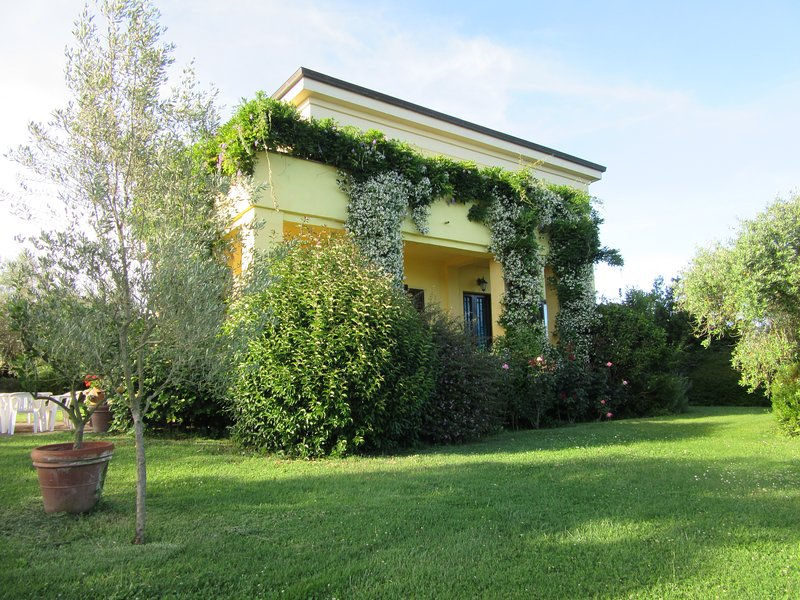 Ancient manor house for holidays and weekends, vacation rental in Capranica - Scalo