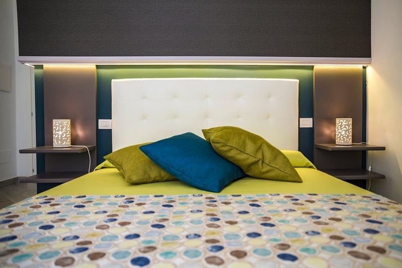 Porto Di Mare Exclusive room camera Maestrale, vacation rental in Giovinazzo